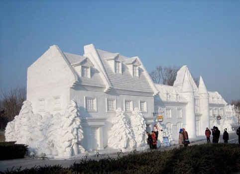 La magie de l'Hiver Sculpture-de-neige